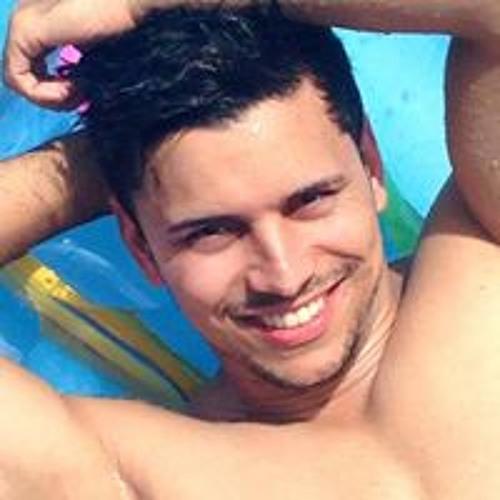 Renan Gomes's avatar
