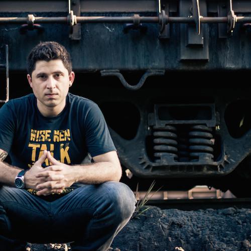 Michel Moraes's avatar
