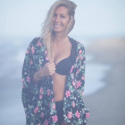 Marion Cura's avatar