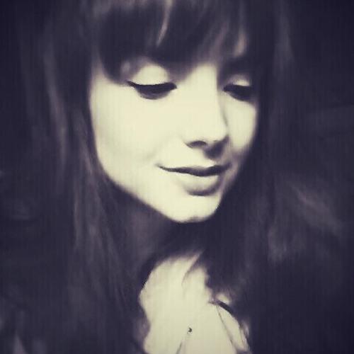 Carina Becher's avatar