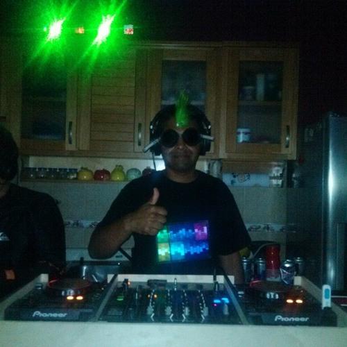 Ivan Martinez 33's avatar