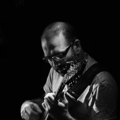 Ivan Vilela's avatar