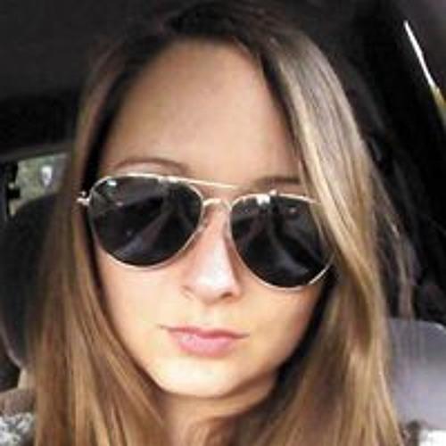 Nicole Wallis's avatar