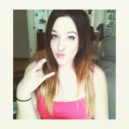 Alexandra Fox's avatar