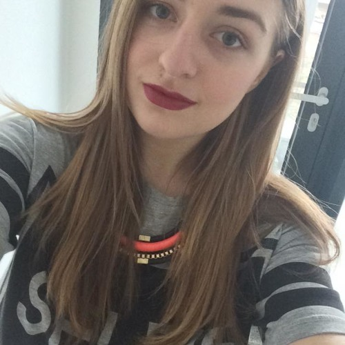 Elena Madalina 2's avatar