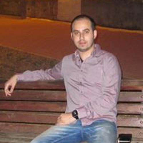 Eddie Rubinov's avatar