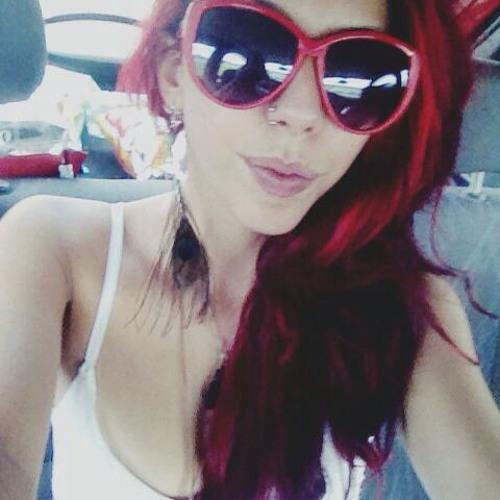 Ana Bering's avatar
