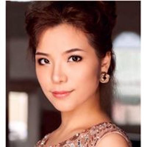 Sarah Z Wang's avatar