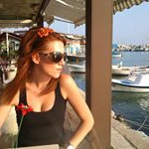 Athina Dimitropoulou's avatar