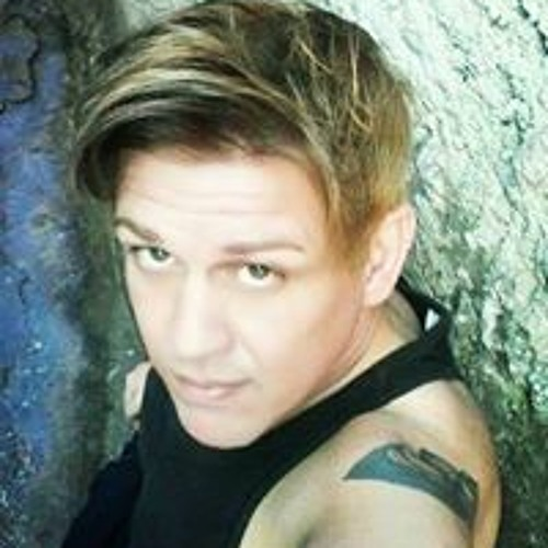 Alexandre Carneiro's avatar