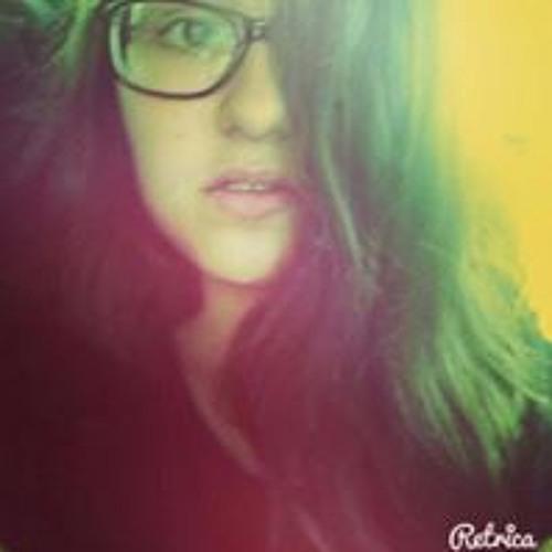 Brenda Barcelo's avatar