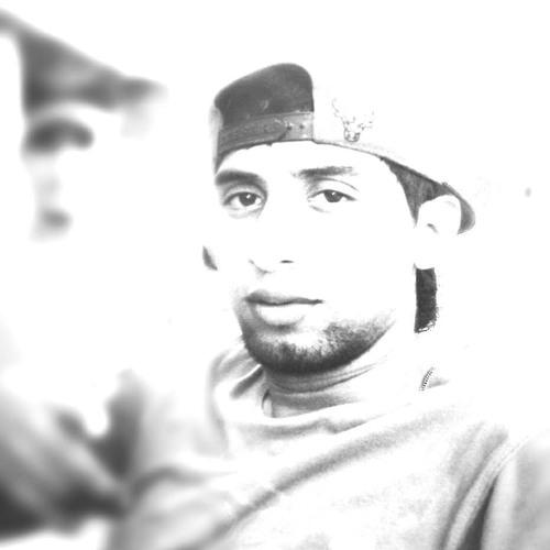 Luis Romero's avatar