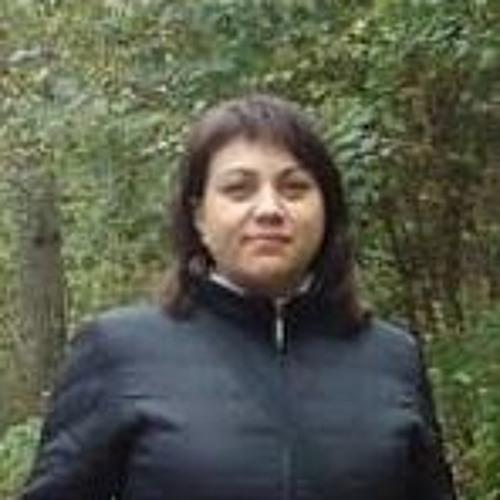 Anna Firstova's avatar