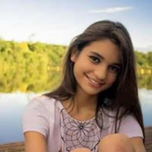 Luana Pereira's avatar