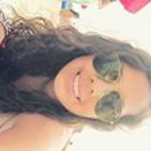 Claudia Girón's avatar