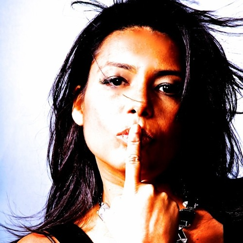 DJAnaPaula's avatar
