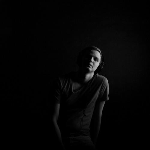Artem Dultsev's avatar