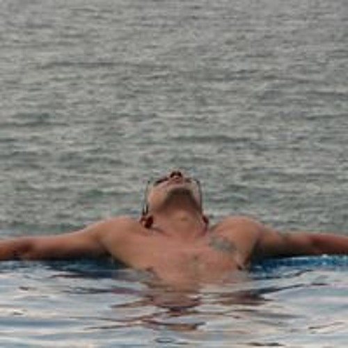 Avinash Thomas's avatar