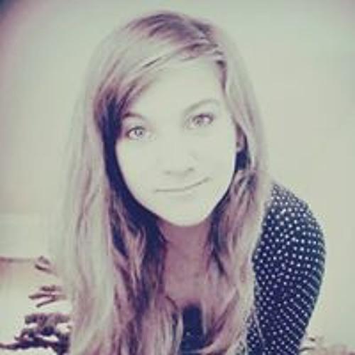 Camila Debatin's avatar