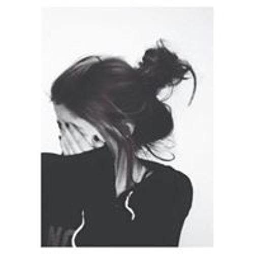 Tari Palm's avatar