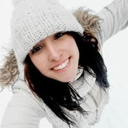 Ana Paz's avatar