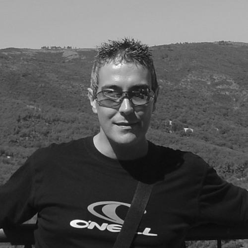 Simon Master W's avatar