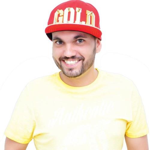 Douglas Mendonça R.'s avatar