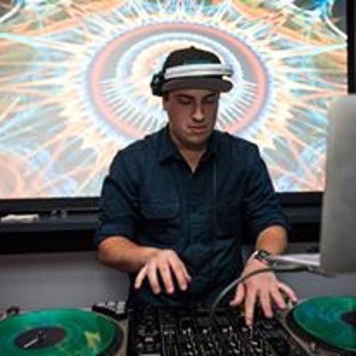 DJ Desu's avatar