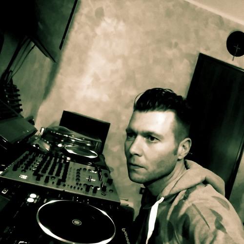 Stefano Zucchini's avatar