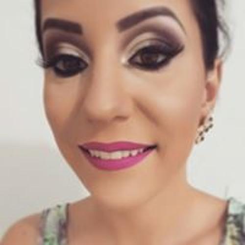 Bruna Kamer's avatar