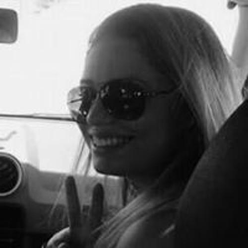 Pamella Motta's avatar
