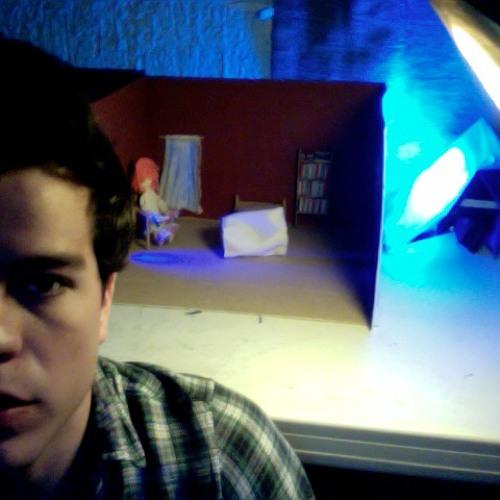 Luis Renteria's avatar