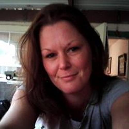 Toni Barker's avatar
