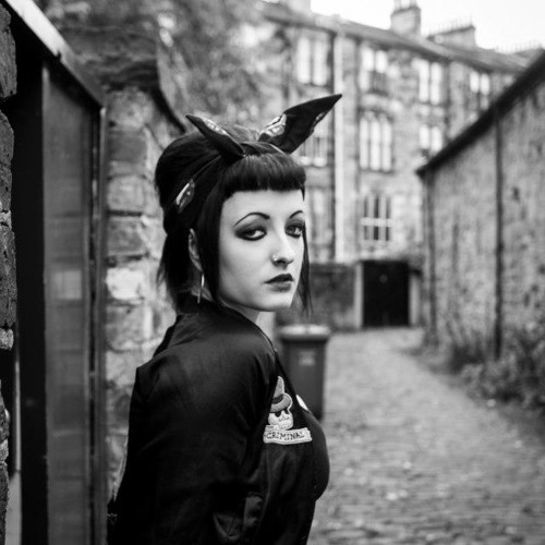 Christie Connor-Vernal's avatar