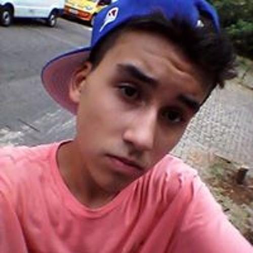 Arthur Antunes Estrela's avatar