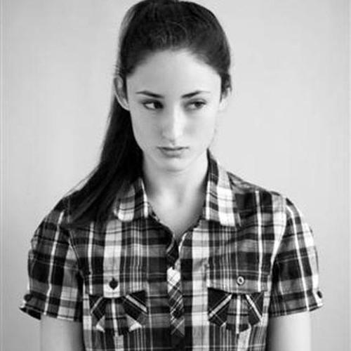 Carmel Curtis's avatar