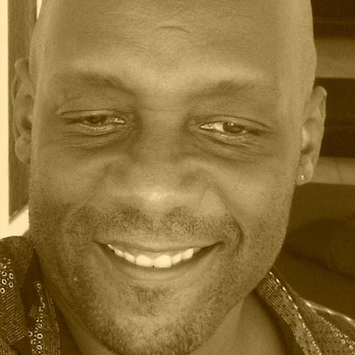 valentino thompson's avatar