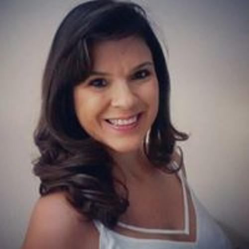 Renata Trevisan's avatar