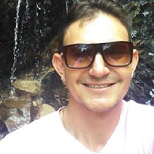 Cleumy Candido Fonseca's avatar
