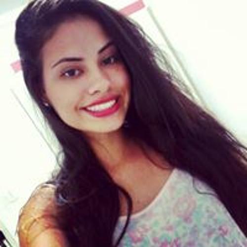 Beatriz Dias's avatar