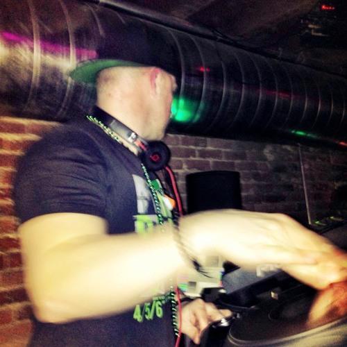 DJ REC's avatar