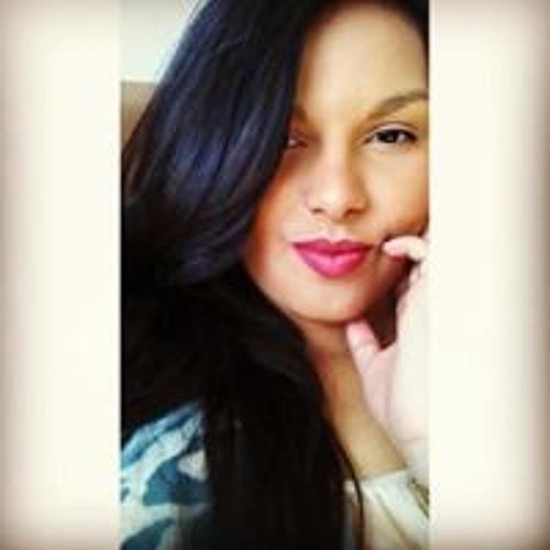 Mayara Freire's avatar
