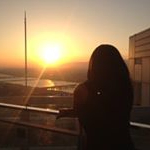 Fatima Nicholson's avatar