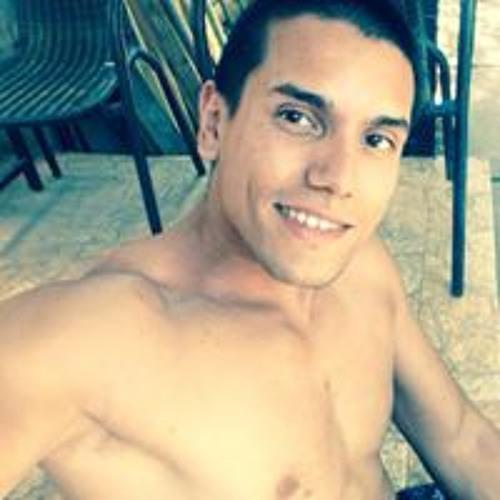Ricardo Bustamante's avatar