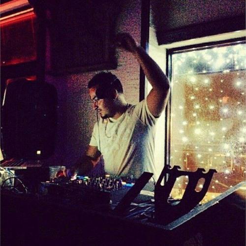 DJ R0's avatar