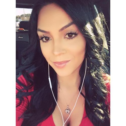 Adriana De San's avatar