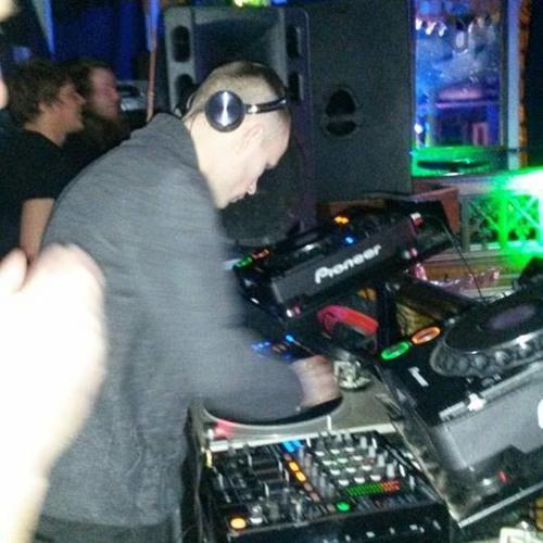 DJ Dave Hodgman's avatar