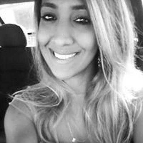 Mayara Santana's avatar