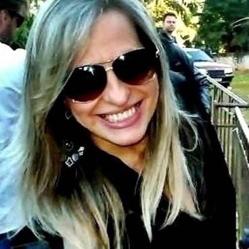 Érica Felício's avatar