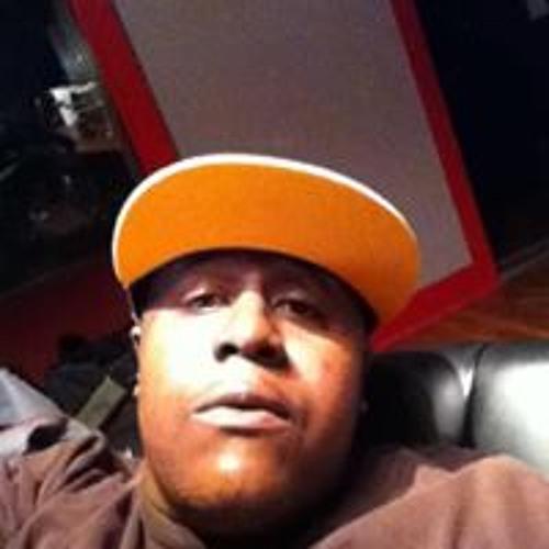 Derrick Selby's avatar